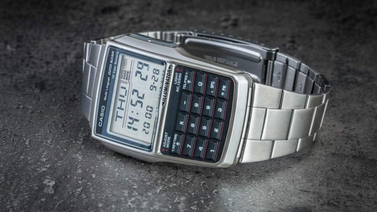 Casio DBC-32D-1AES számológépes karóra
