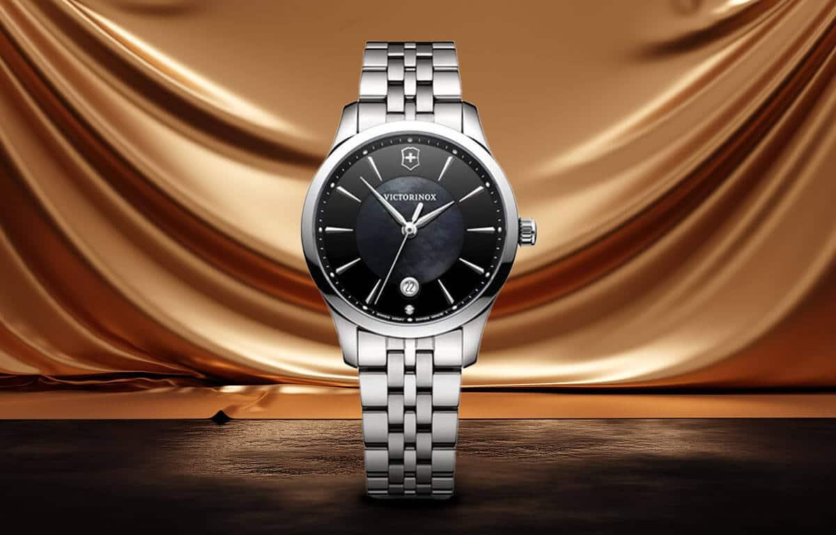 Victorinox női luxus karóra fekete számlappal